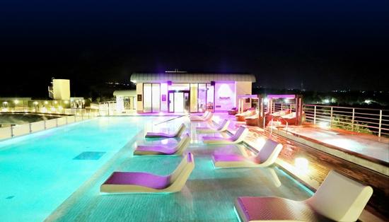 켄싱턴제주호텔 서비스, 새롭게 업그레이드 4월부터 제주해녀문화 체험, 루프탑 수영장서 밤하늘 아래 스파에 파티를